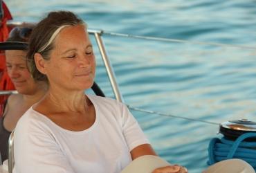 Yoga am Segelboot SeeFrauen